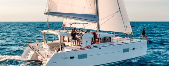 Catamaran-Lagoon_400_sailing4