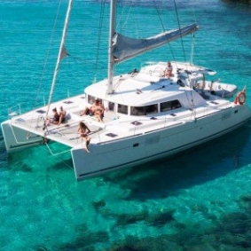 cropped-catamaran-lagoon-421-anchor