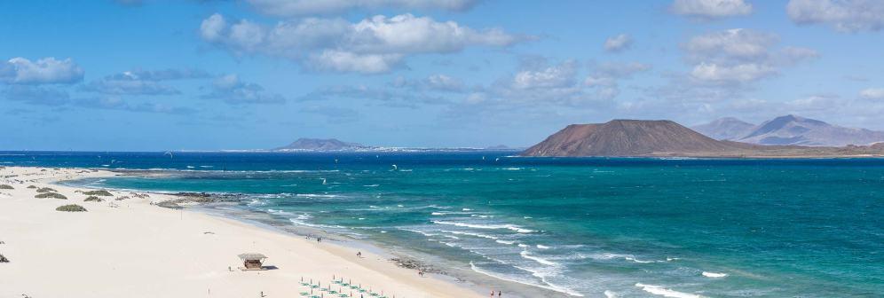 Croisière en Catamaran pour découvrir des spots de Surf et de Kitesurf